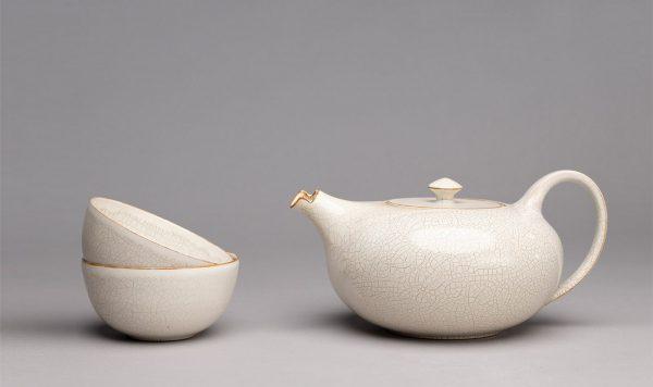 Landbeck Keramik Geschirr-Set Beige Kanne und Schalen Krakelee