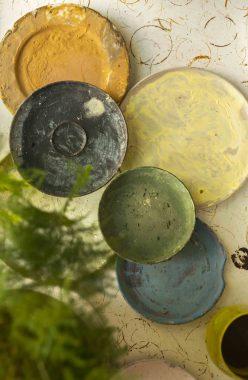 Landbeck Keramik Werkstatt Farben mischen
